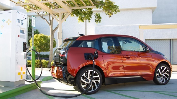 bmw-i3-dc-fast-charger